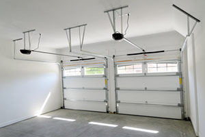 Etonnant If You Are Having Problems With Your Propertyu0027s Garage Door Opening And/or  Closing Properly, Then You Need To Call Miami Beach Garage Door Services ...